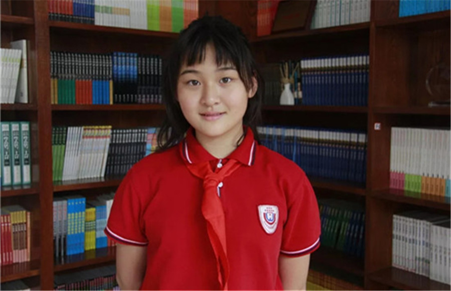 在中美合办的重量级征文比赛中,她是唯一的小学生获奖者